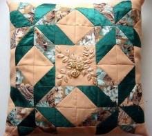 Подушки сшитые в стиле пэчворк